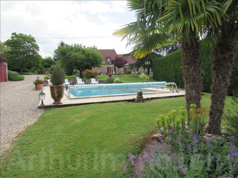 Sale house / villa St sauveur 495000€ - Picture 1