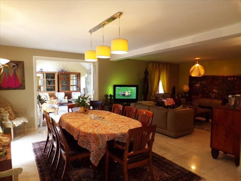 Location maison / villa Montigny le bretonneux 2450€ CC - Photo 4