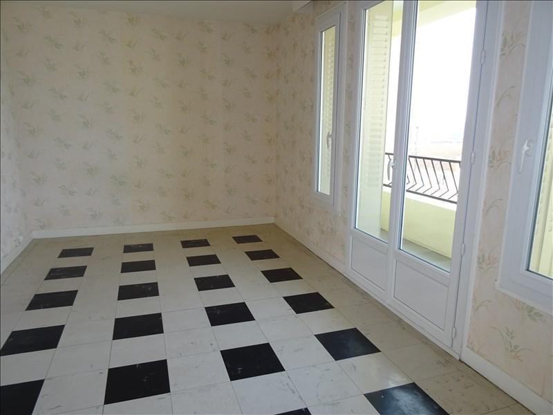 Location appartement Le coteau 430€ CC - Photo 1