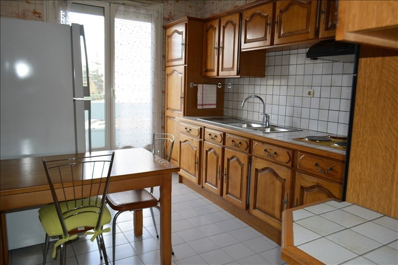 Sale apartment St priest 155 000€ - Picture 3