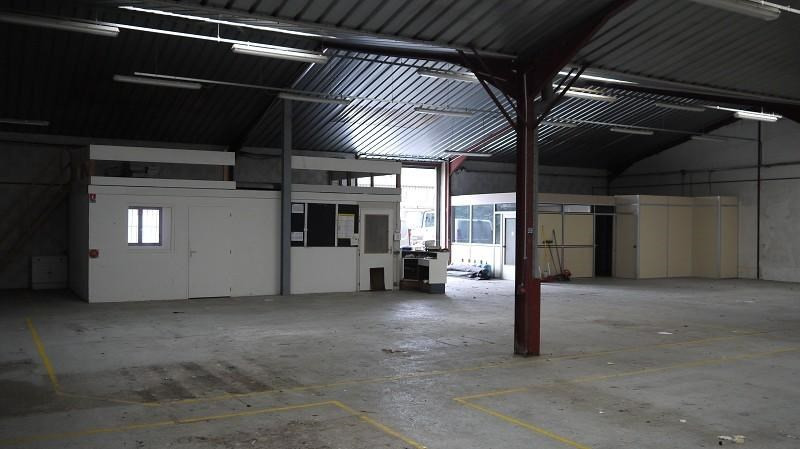 Location Local d'activités / Entrepôt Anse 0