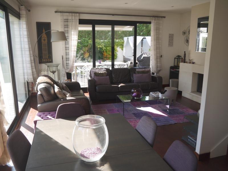 Sale house / villa Bry sur marne 675000€ - Picture 1