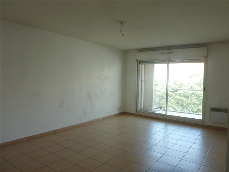 Location appartement Marseille 8ème 920€ CC - Photo 2