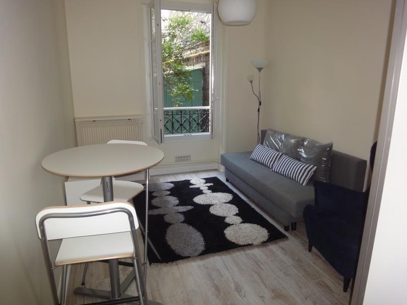 Location appartement Paris 19ème 790€ CC - Photo 1