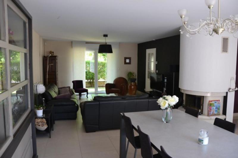Sale house / villa Châlons-en-champagne 320000€ - Picture 1
