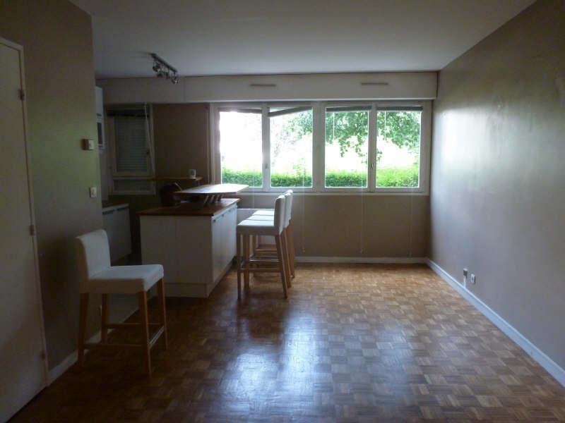 Rental apartment Maurepas 640€ CC - Picture 2