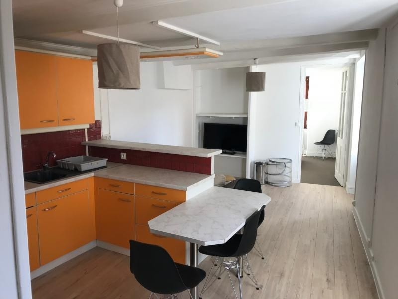 Location appartement Annecy 770€ CC - Photo 2