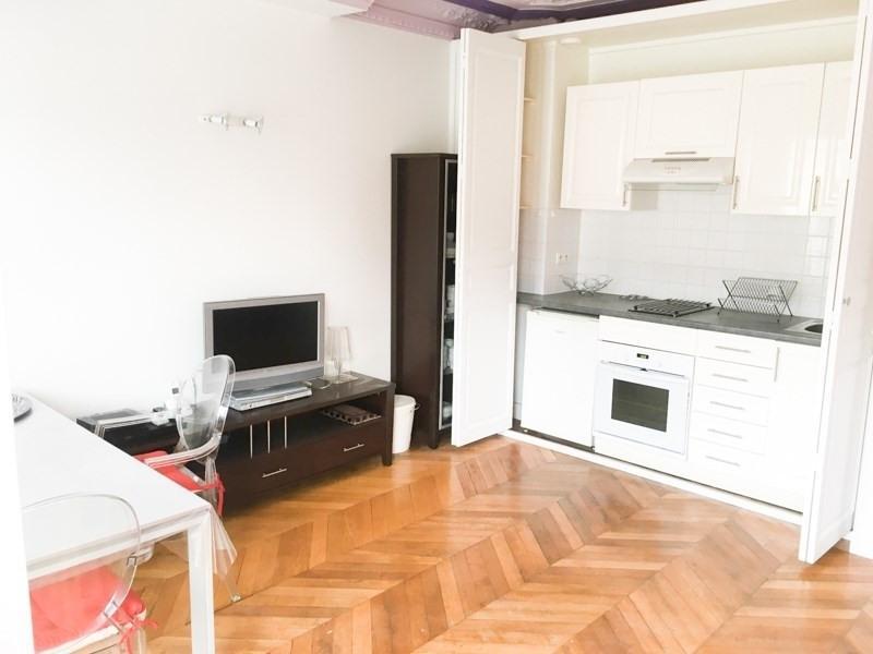 Alquiler  apartamento Paris 9ème 1700€ CC - Fotografía 3