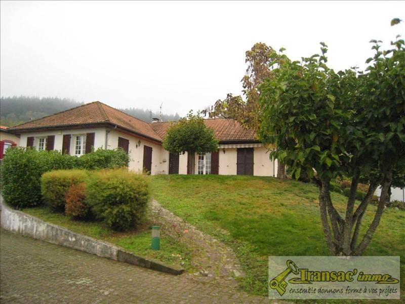 Sale house / villa Puy guillaume 196100€ - Picture 1