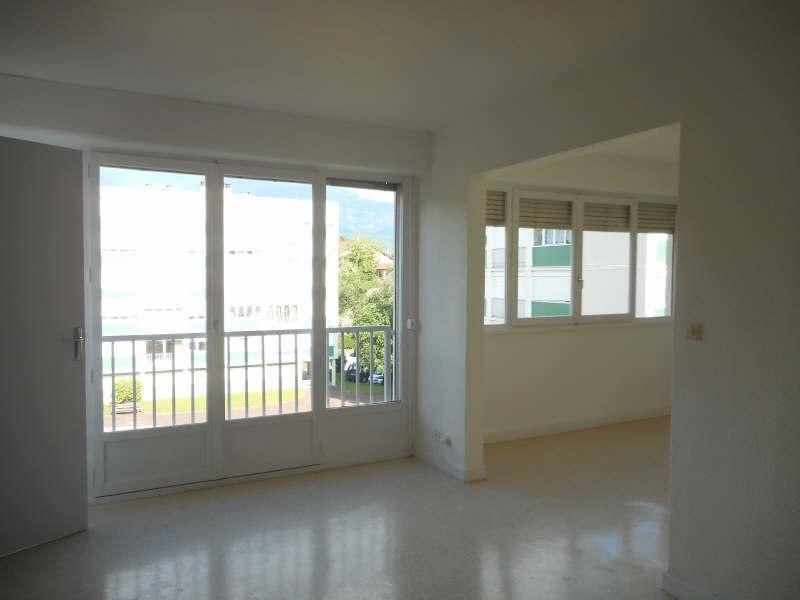 Rental apartment Voiron 541€ CC - Picture 1