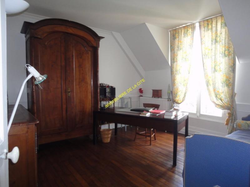 Vente Maison 10 pièces 268m² Nangis