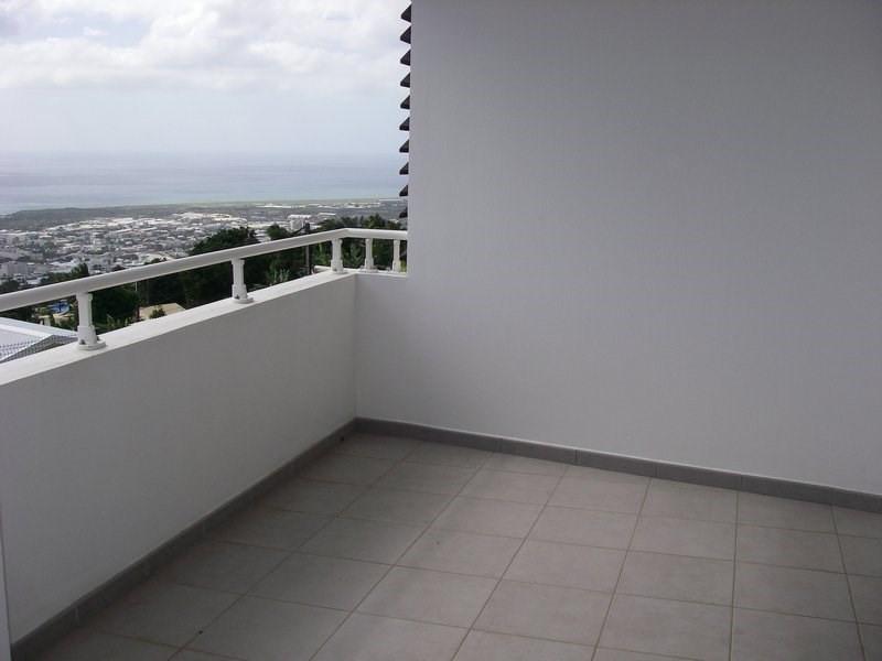 Location appartement Sainte-clotilde 600€ CC - Photo 1