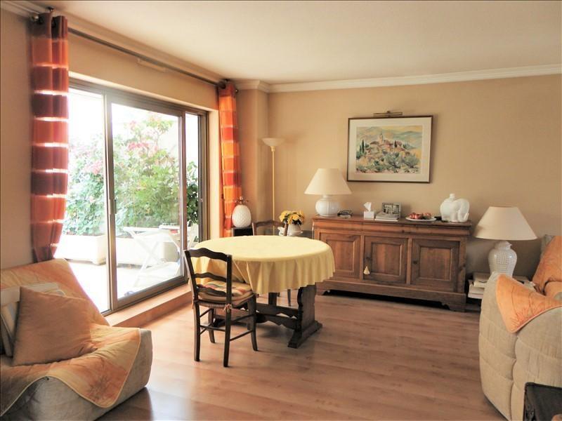 Deluxe sale apartment St raphael 552000€ - Picture 6
