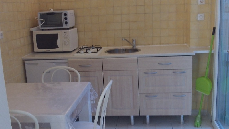 Sale apartment Les sables d olonne 174 000€ - Picture 2