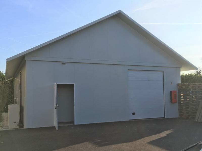 Location local commercial Cessy 1500€ +CH/ HT - Photo 1
