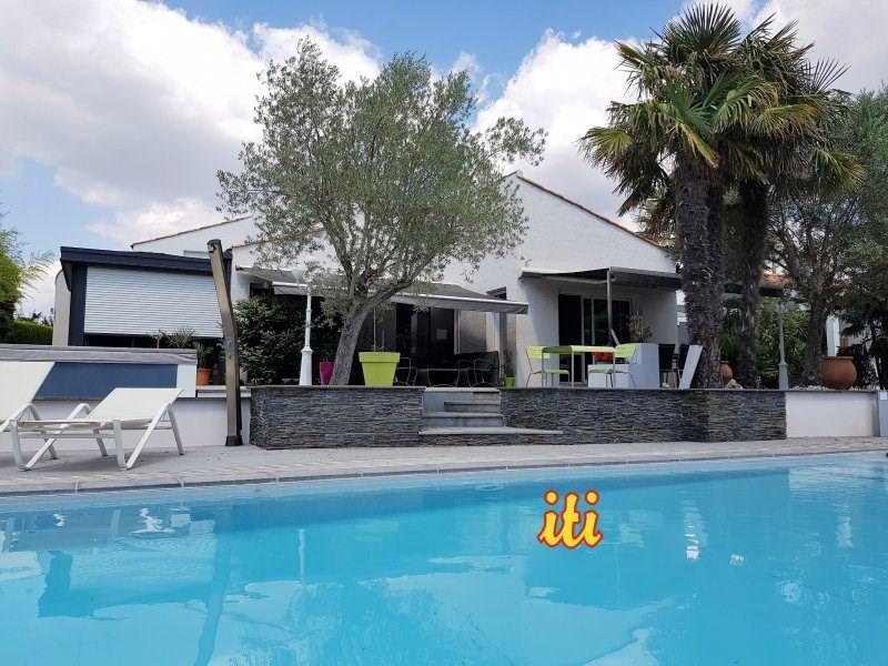 Deluxe sale house / villa Olonne sur mer 850000€ - Picture 1