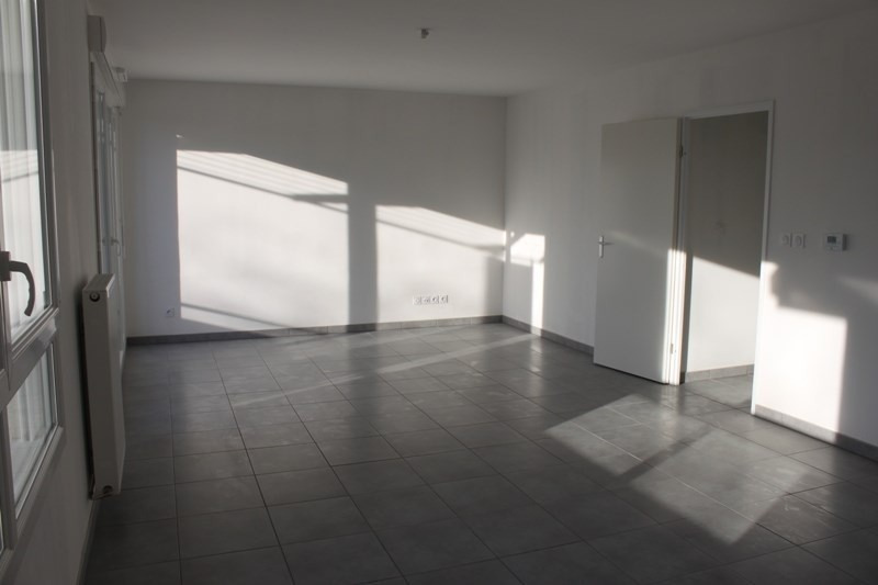 Sale apartment Chuzelles 204 000€ - Picture 6