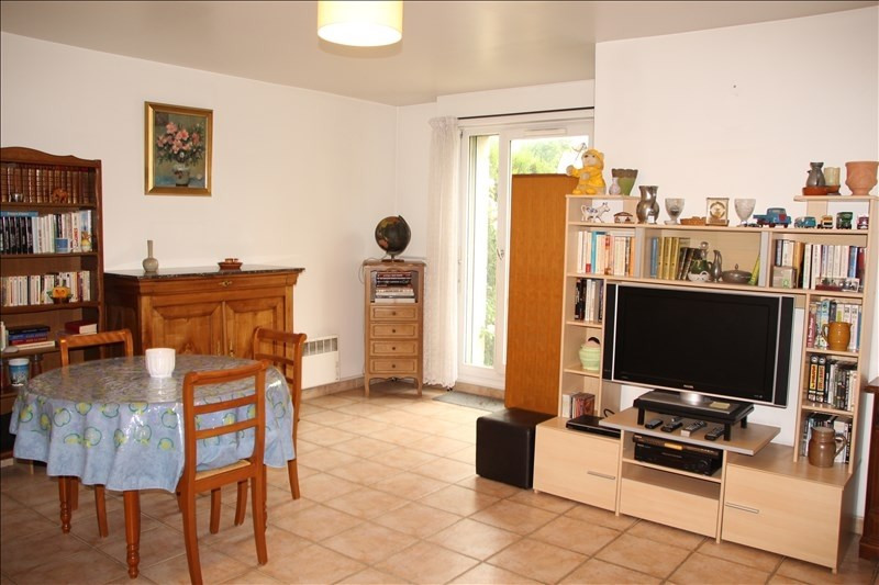 Sale apartment Osny 160 000€ - Picture 2