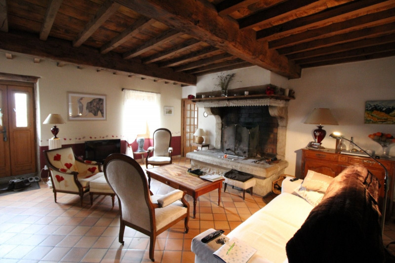 Vente maison / villa La tour du pin 339 000€ - Photo 5