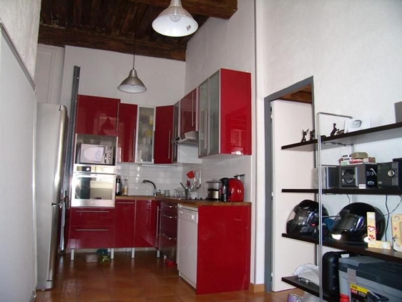 Rental apartment Lyon 4ème 650€ CC - Picture 1