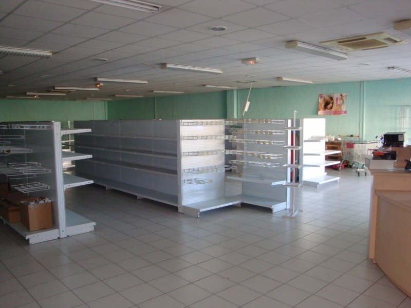 Location local commercial Cabestany 3200€ HT/HC - Photo 3