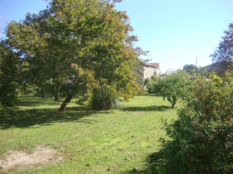 Sale site Villeneuve-la-comtesse 27 250€ - Picture 2