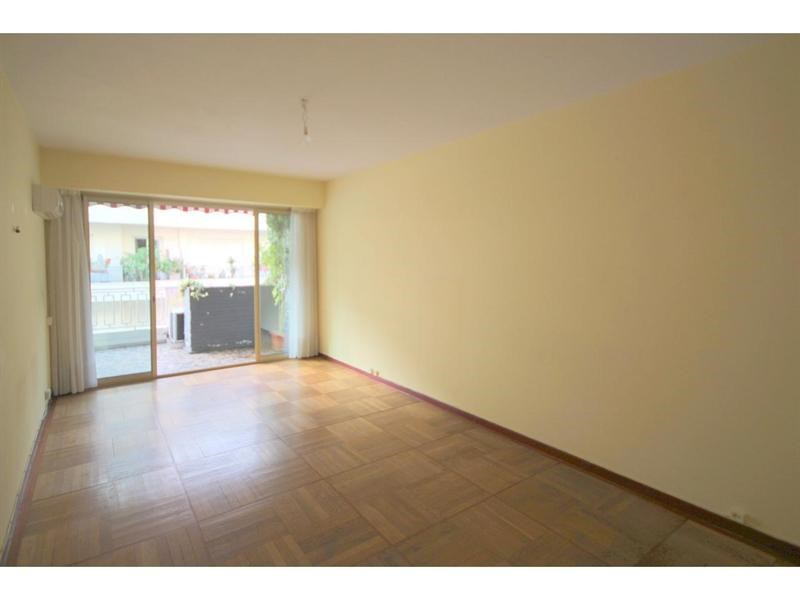 Vente appartement Nice 275 000€ - Photo 1