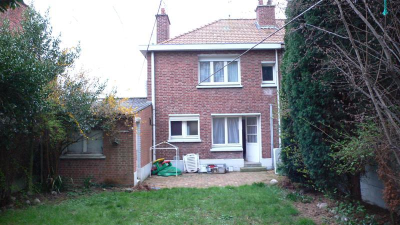 Sale house / villa Lomme 180000€ - Picture 1