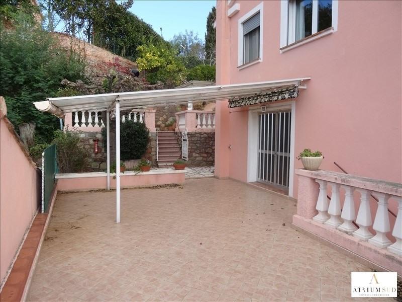 Vente de prestige immeuble St raphael 990000€ - Photo 2