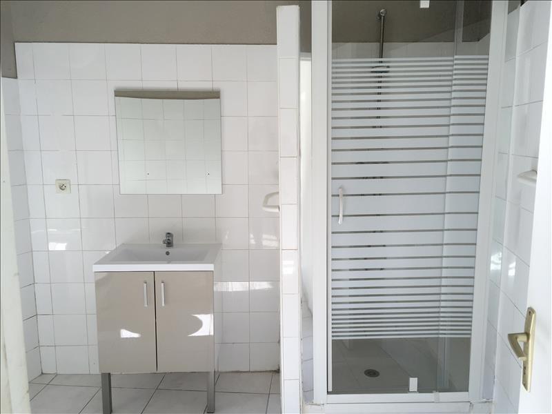 Rental apartment Pelissanne 495€ CC - Picture 5