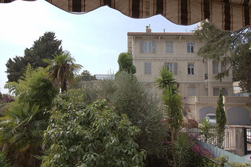 Sale apartment Nice 349000€ - Picture 1
