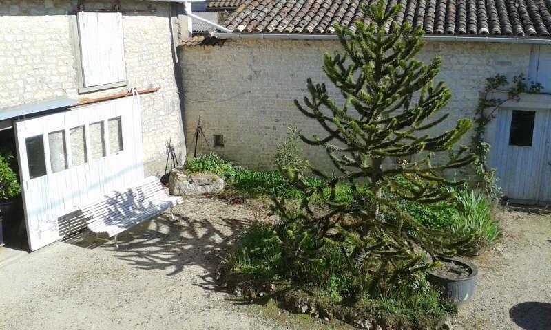 Sale house / villa Montignac-charente 130000€ - Picture 10