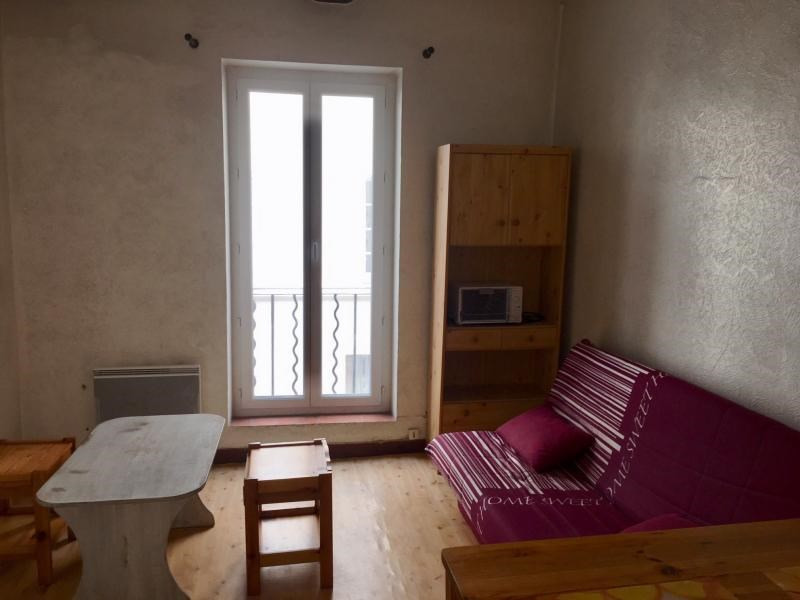 Rental apartment Aix en provence 475€ CC - Picture 1