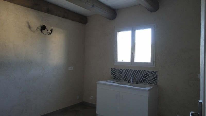Rental house / villa St chamas 890€ CC - Picture 3