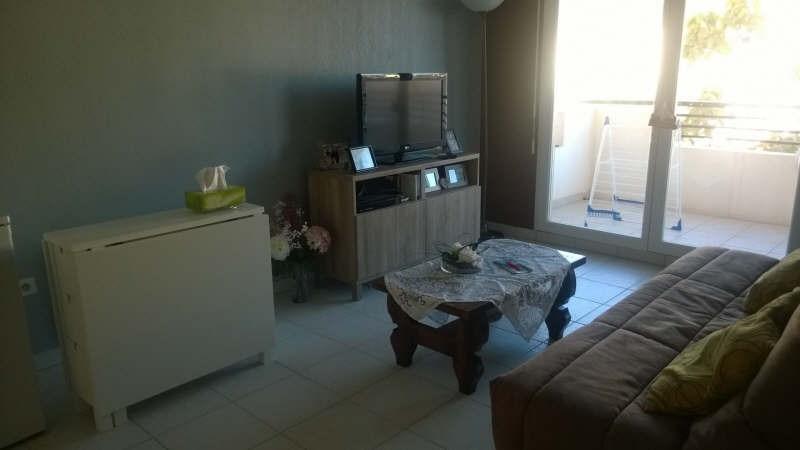 Sale apartment Le luc 112000€ - Picture 3
