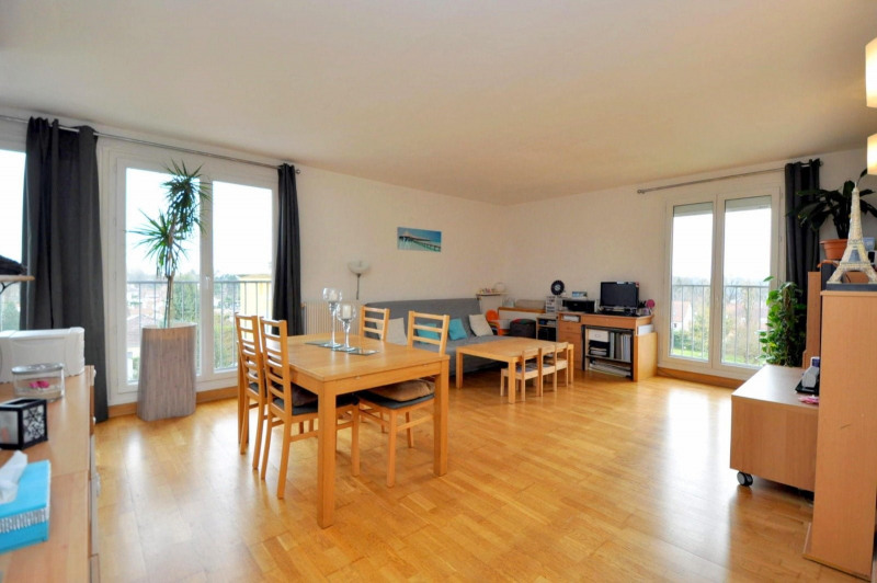 Sale apartment Bruyeres le chatel 175 000€ - Picture 1