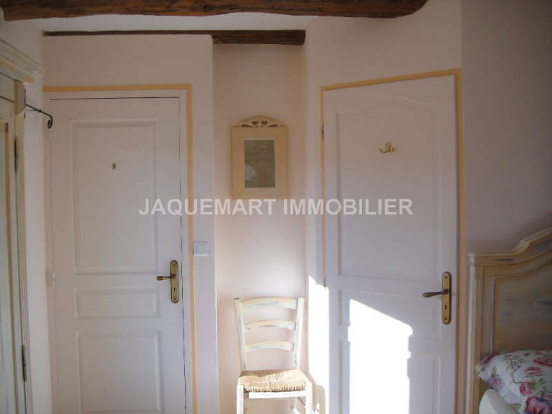 Vacation rental house / villa Lambesc 875€ - Picture 9