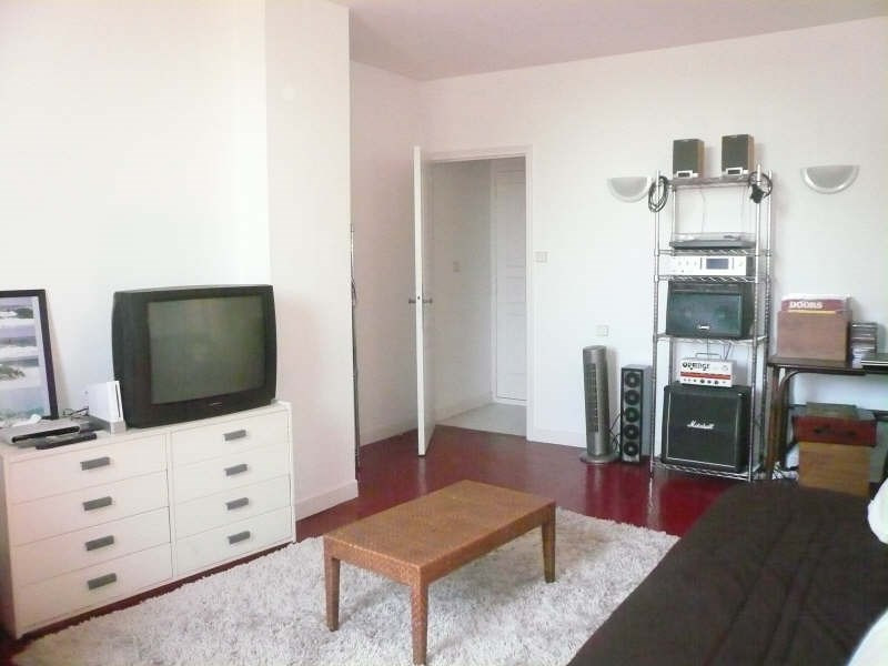 Location appartement Nimes 440€ CC - Photo 3