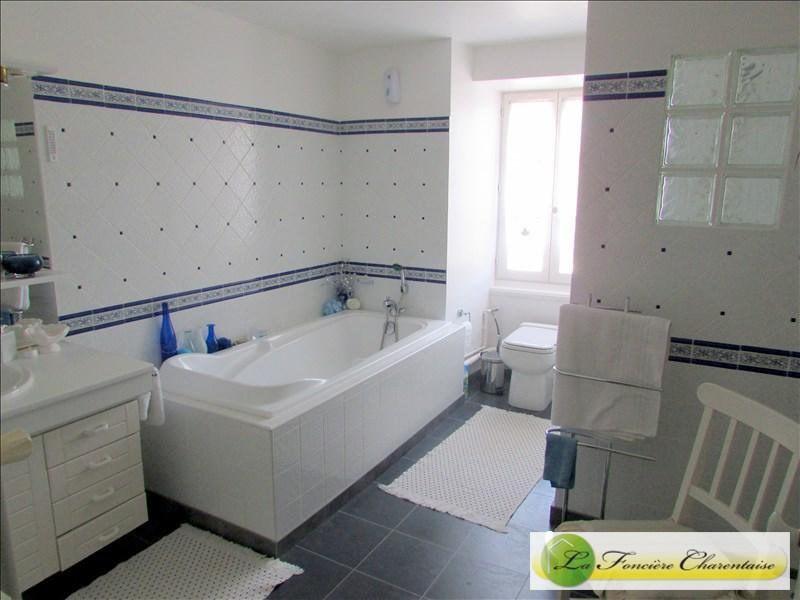 Vente maison / villa Aigre 245000€ - Photo 9