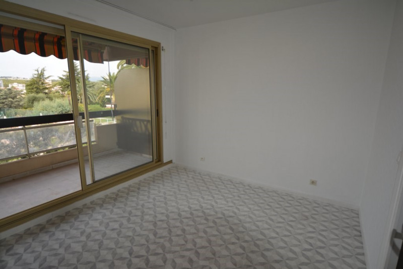 Sale apartment Antibes 294000€ - Picture 7