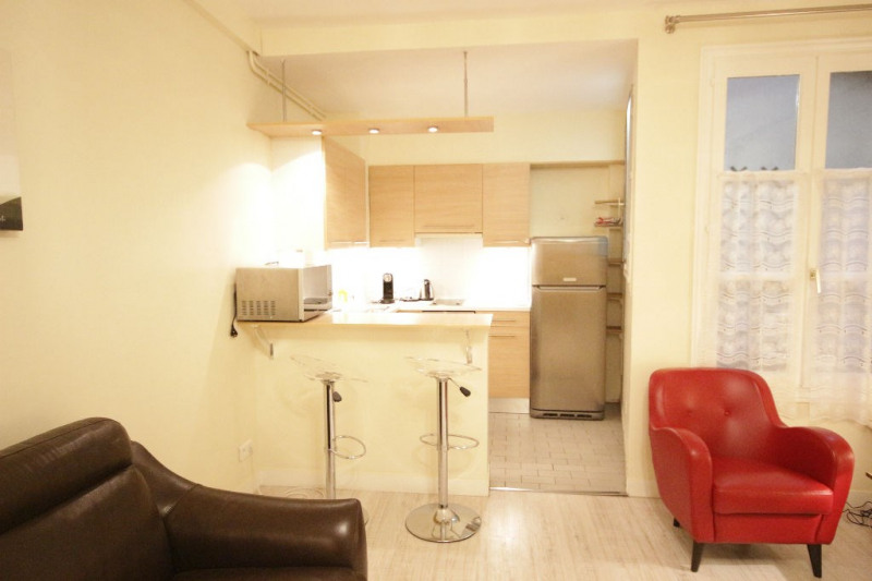 Rental apartment Paris 8ème 1506€ CC - Picture 3