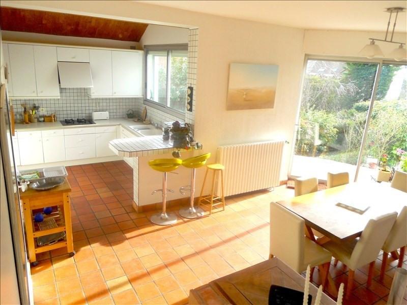 Deluxe sale house / villa Rueil malmaison 1020000€ - Picture 4
