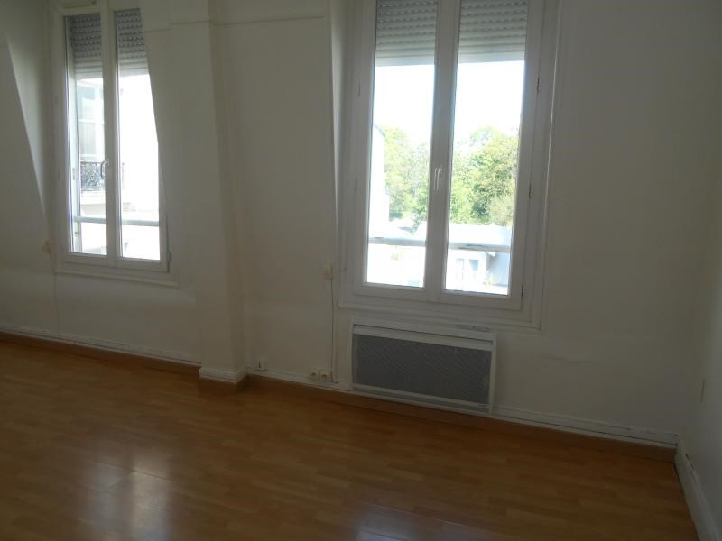 Location appartement Saint-maurice 630€ CC - Photo 2