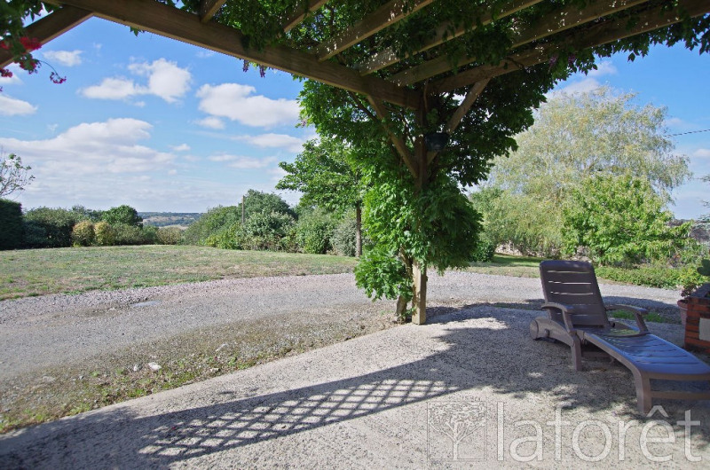 Sale house / villa La chapelle largeau 181000€ - Picture 2
