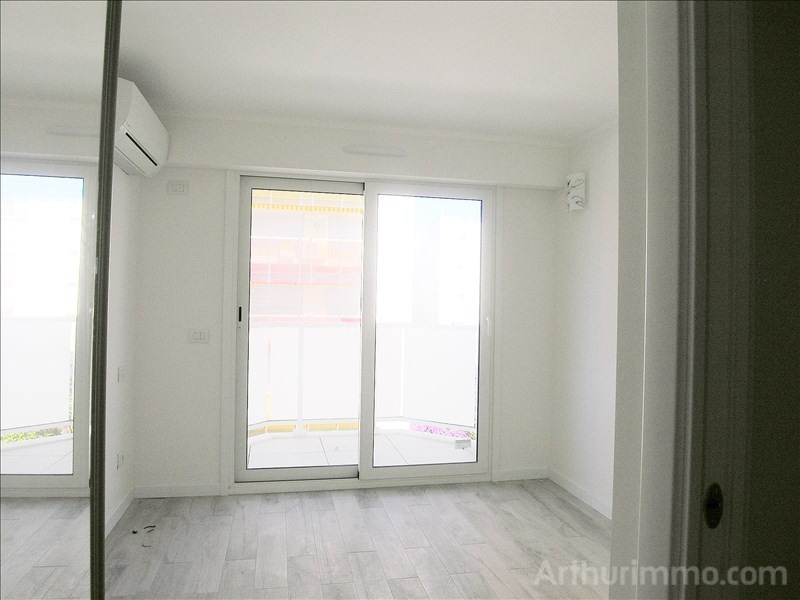 Deluxe sale apartment Juan les pins 405 000€ - Picture 3