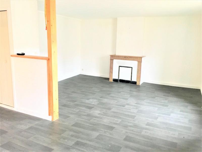 Sale apartment Saint-bonnet-le-château 79000€ - Picture 2