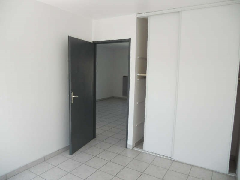 Rental apartment Bassens 632€ CC - Picture 3