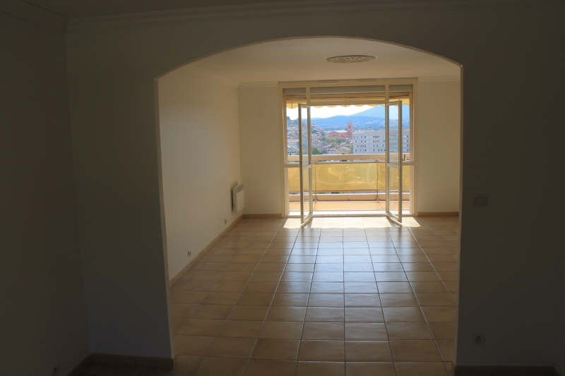 Sale apartment La garde 251000€ - Picture 2