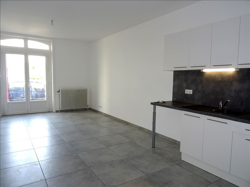Rental apartment Roanne 460€ CC - Picture 1