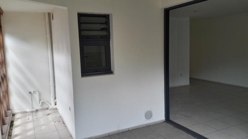 Sale apartment St paul 185000€ - Picture 2